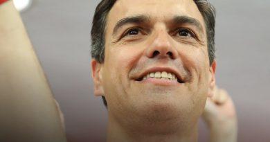 Sánchez quiere fulminar el texto sobre el PSOE en el exterior