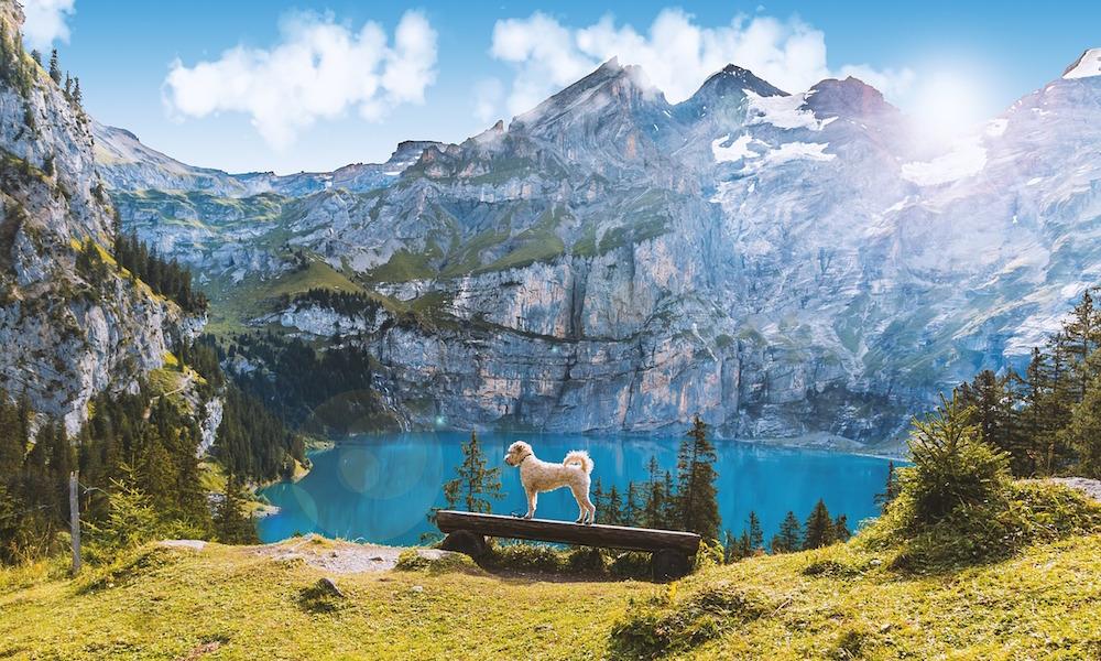 Lago de Oeschinen, Suiza