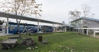 Amplían el horario de los autobuses que salen del aeropuerto de Asturias