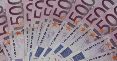 Los empleados se quedarán el dinero tirado al WC por españoles
