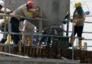 Pagan un curso de construcción a españoles de Suiza