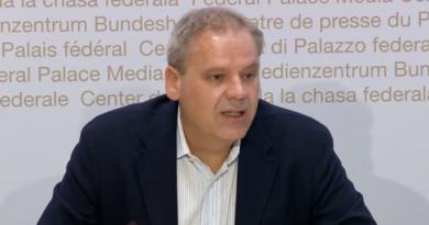 Suiza impone cuarentena a los viajeros de regreso de España