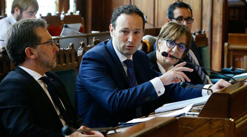 Comparecencia del consejero Guillermo Martínez en el parlamento de Asturias